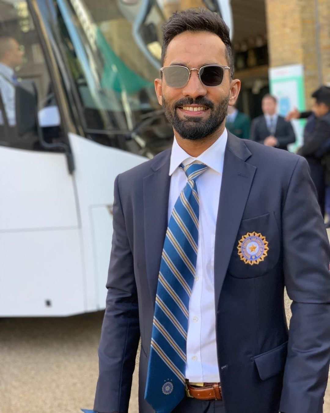 Dinesh Karthik Bio, Wiki, Age, Height, Net Worth, Family