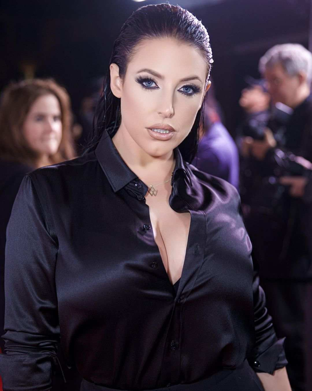 Angela White Biography, Wiki, Height, Age, Net Worth, Family