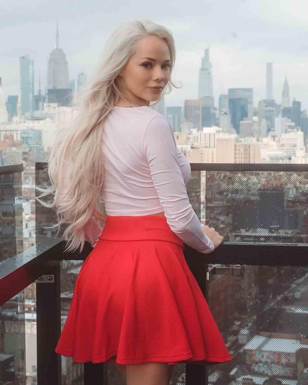 Elsa Jean Photo